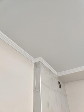 Белый матовый натяжной потолок в Одессе низкая цена по акции от 160 грн за метр с монтажом