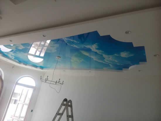 Натяжные потолки в Мексике с фотопечатью небо с облаками. Фото 2.