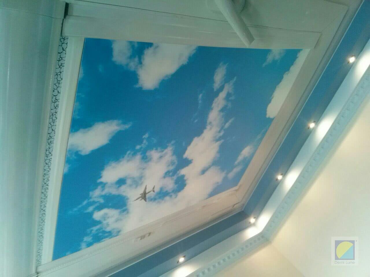 Парящие облака на натяжных потолках фотопечать в Киеве
